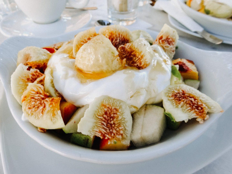 Das Fruehstueck im Cafe Botzio ist koestlich. Besonderes Highlight sind der Cappucino und das Joghurt mit Honig und fischen Fruechten