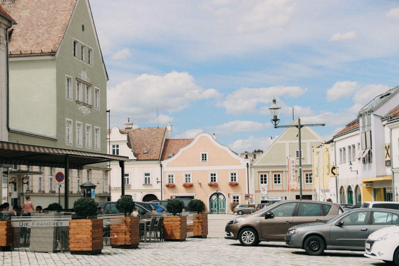 Die Kramerey - Cafe, Bar und Vinothek in Eggenburg - Gebäude aus dem 16 Jhdt. wunderschön restauriert - geschmackvolle Verbindung von historisch und modernem Stil