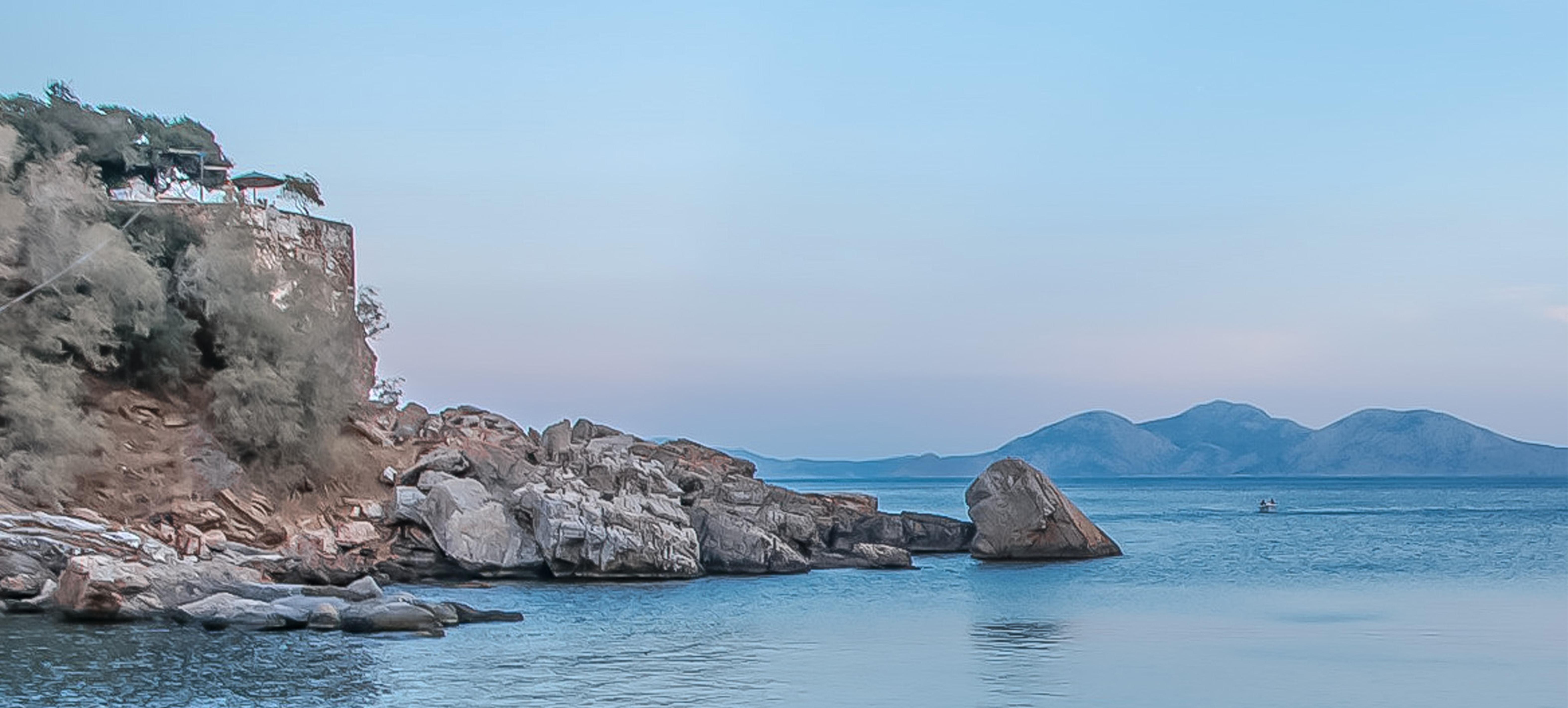 Ikaria, Therma Unterkunft Akriolykos hoch oben auf einem Felden
