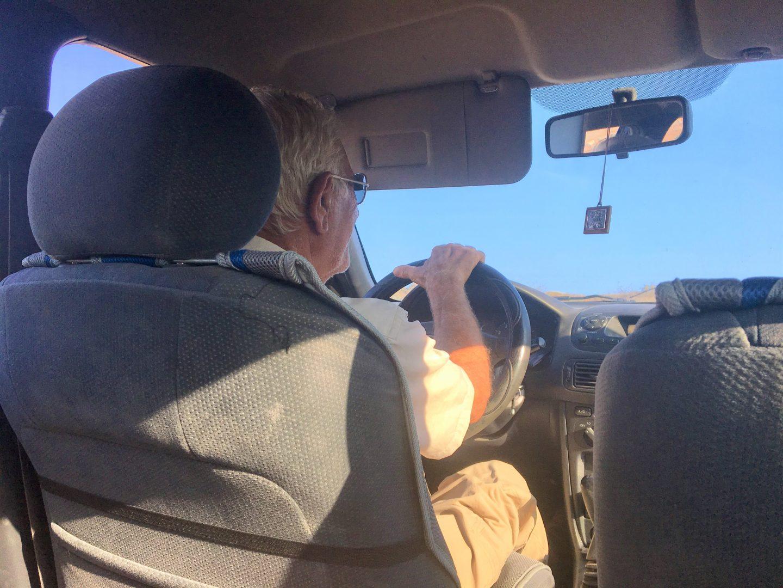 Zacharo Studios -  unser Vermieter Jimmy holt uns mit dem Auto am Hafen ab - super nett