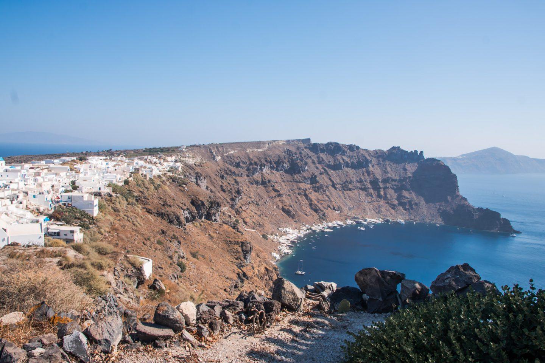 Thirassia - Blick von Zacharos Studios nach Manolas und Korfos