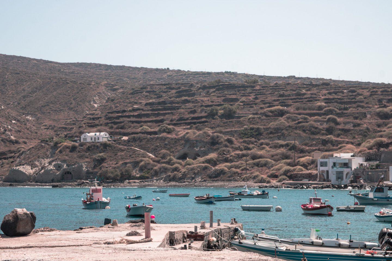 Thirassia - Boote im Hafen von Riva