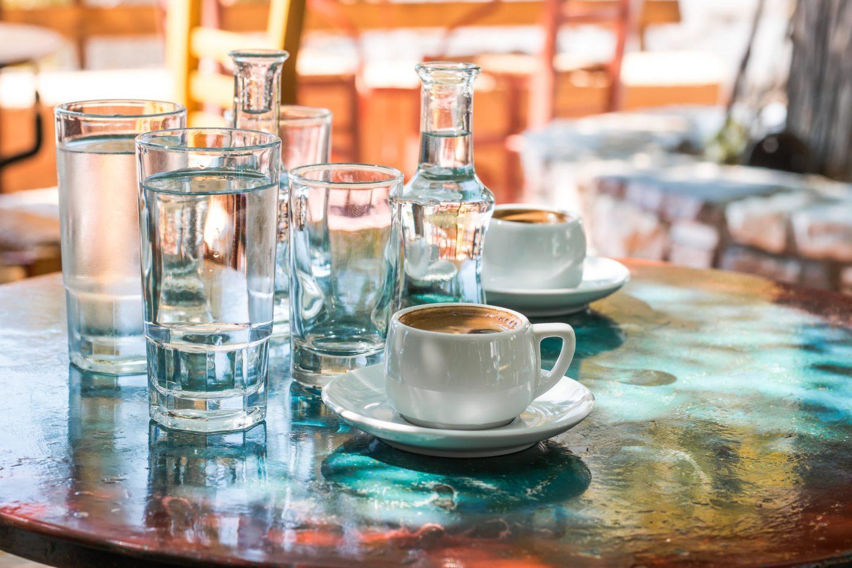 Cafe in Ikaria - das schöne am Reisen sind die Momente der Entspannung